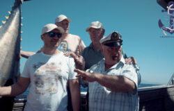 Yacht tour fishing
