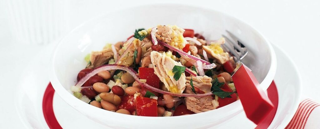 Салат с тунцом и фасолью рецепт