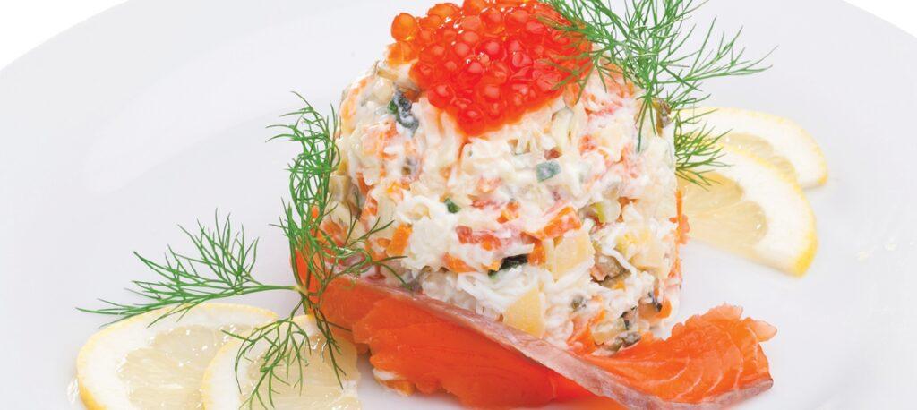 Салат с тунцом и икрой