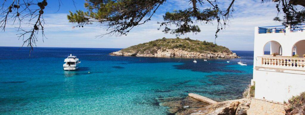 Отдых в Испании весной